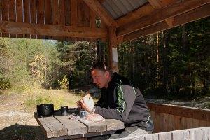 Ebéd az erdőszélen / Lunch by the forest