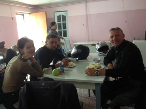 Utolsó közös ebéd Alexékkel.
